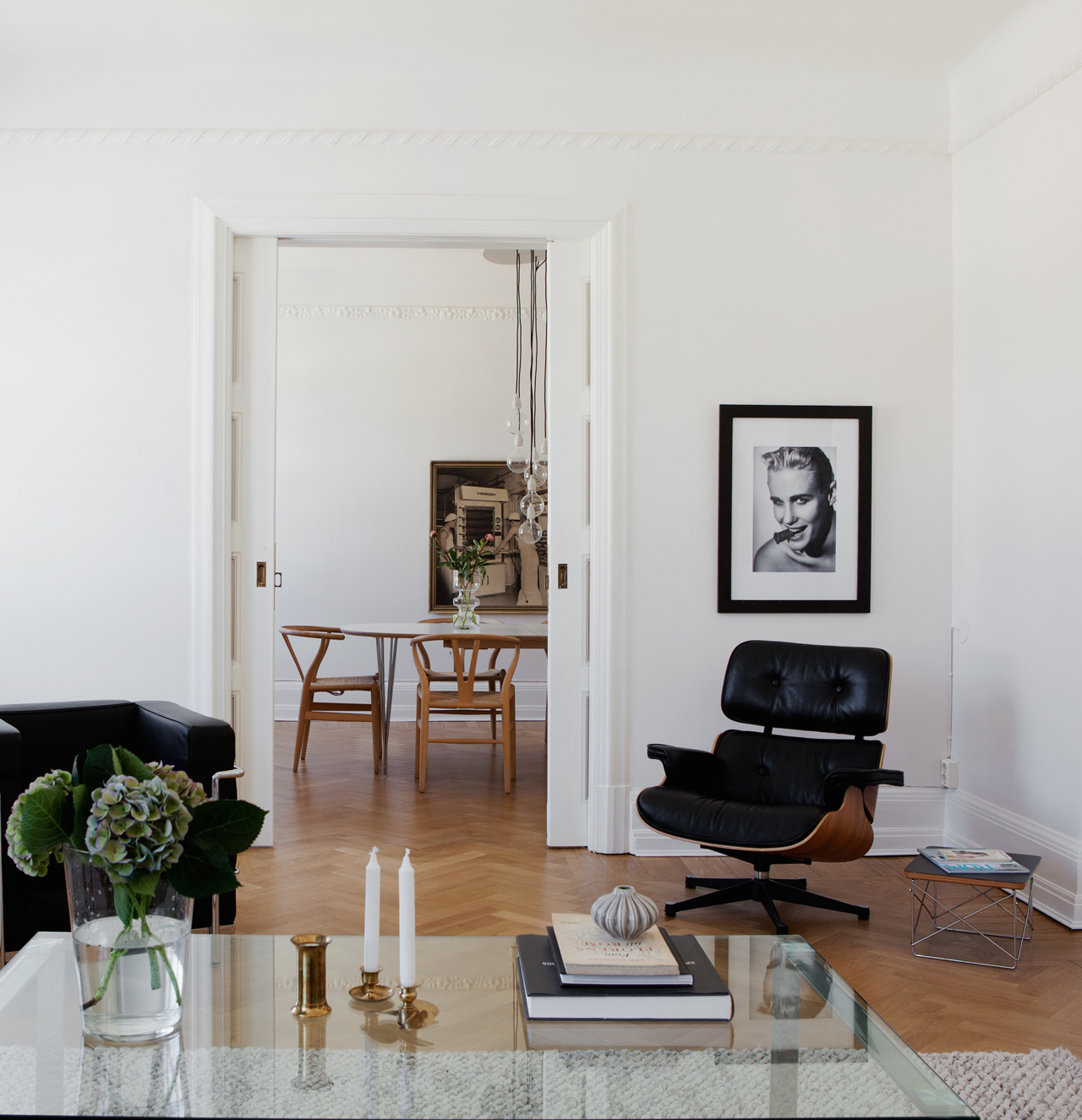 old home with integrated closets coco lapine designcoco lapine design. Black Bedroom Furniture Sets. Home Design Ideas