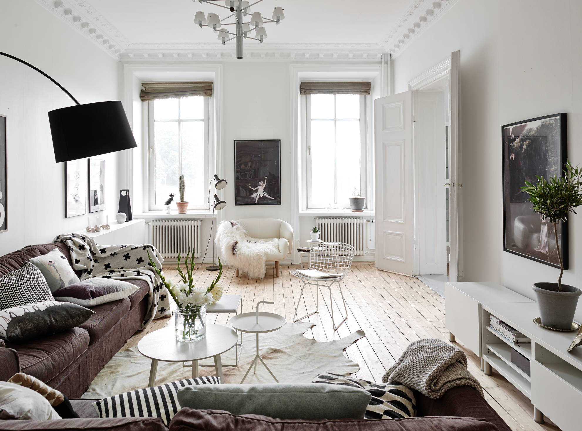 Neutrals and clean lines in an old building coco lapine designcoco lapine d - Deco style cocooning ...