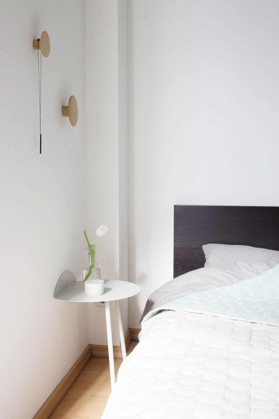 Yeh Wall Table Next To My Bed Coco Lapine Designcoco Lapine Design