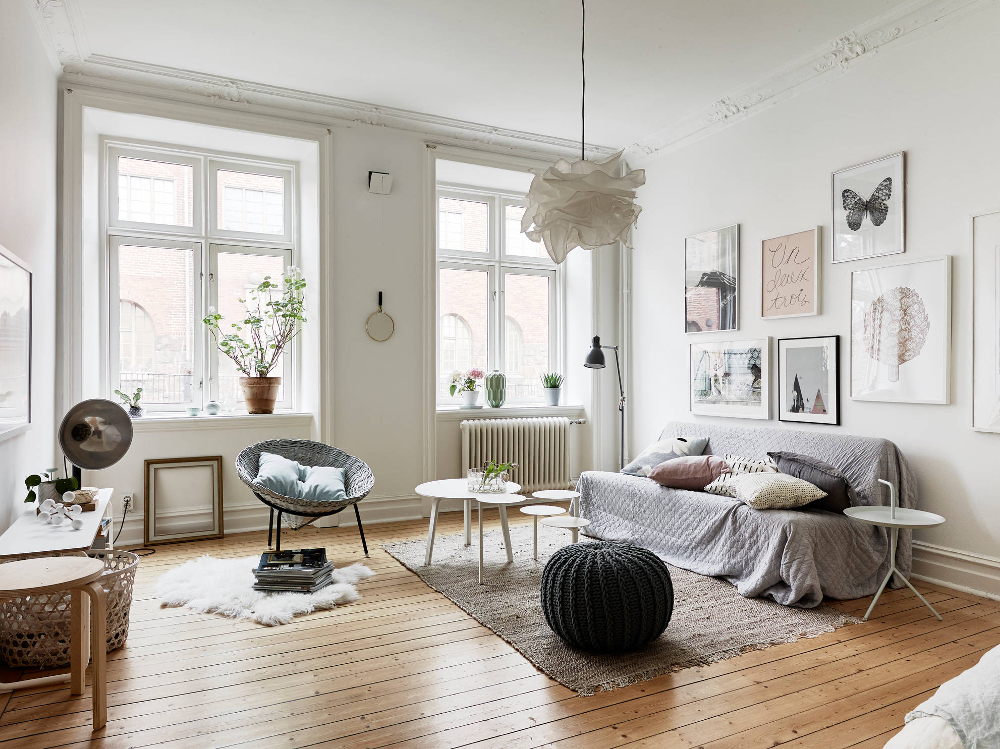 Home with muted spring colors coco lapine designcoco for Interieur suedois