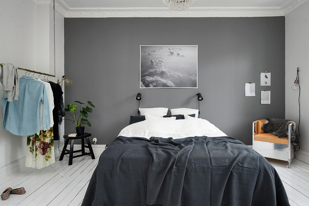 Gray bedroom tumblr : Bedroom with a grey wall coco lapine designcoco
