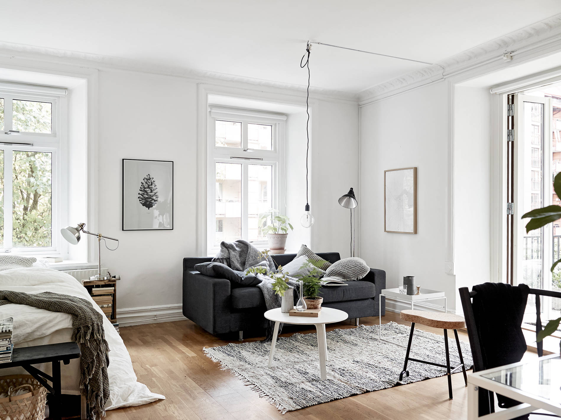 Cozy one room flat coco lapine designcoco lapine design for Blog decoration interieur scandinave
