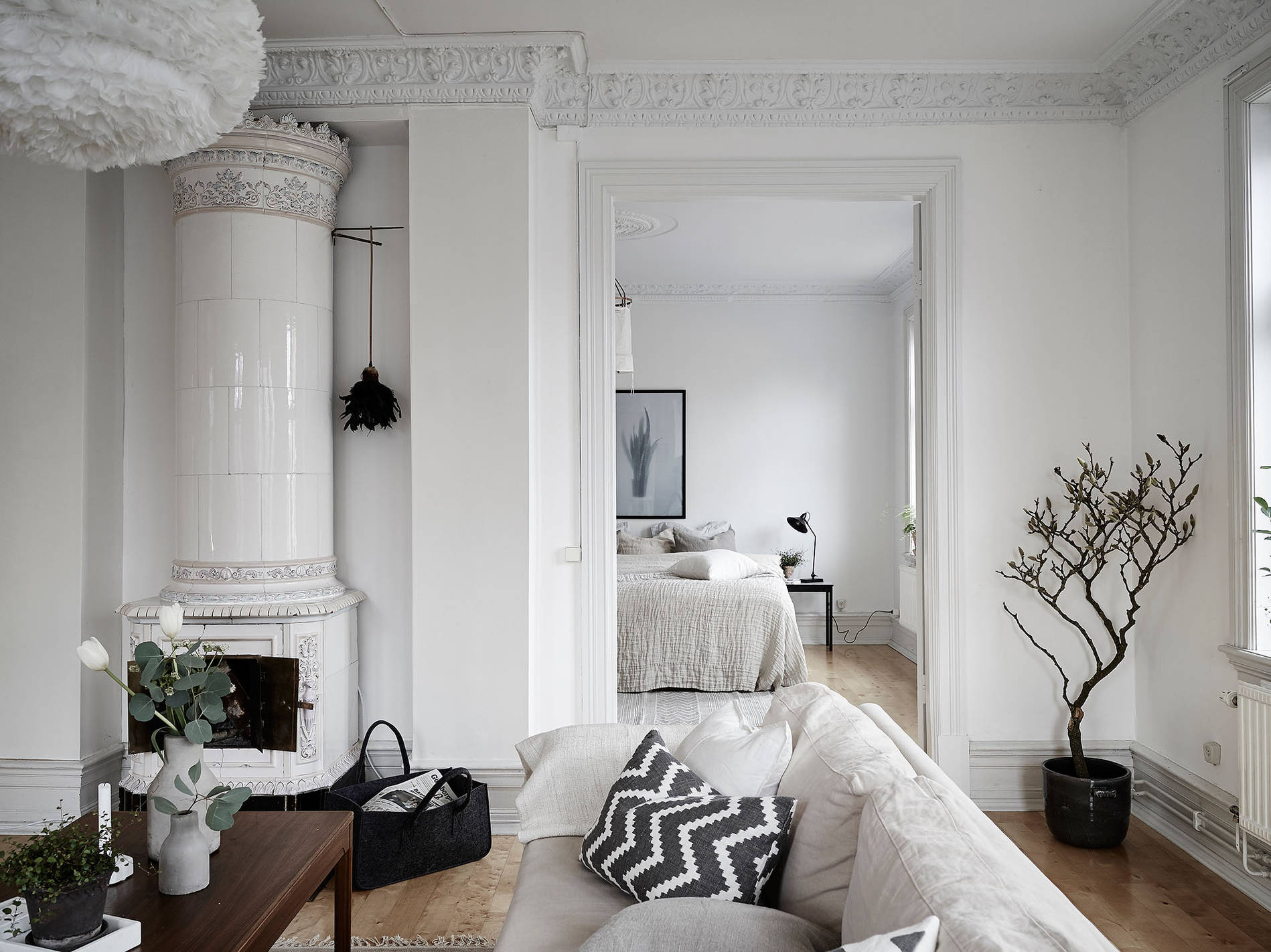 mid century modern interior in an old building coco lapine designcoco lapine design. Black Bedroom Furniture Sets. Home Design Ideas