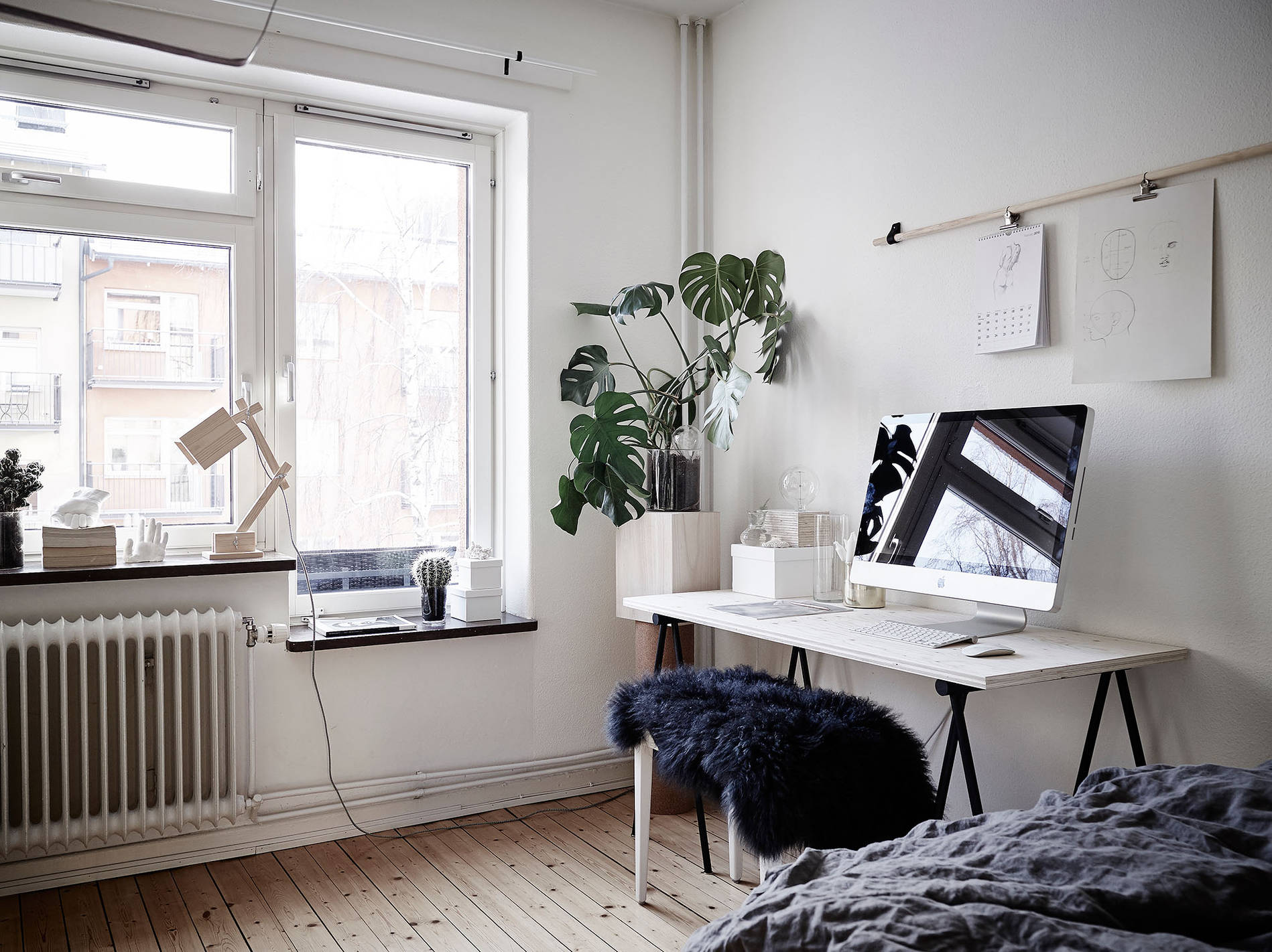 Astounding Bedroom Living Room And Work Space In One Coco Lapine Largest Home Design Picture Inspirations Pitcheantrous