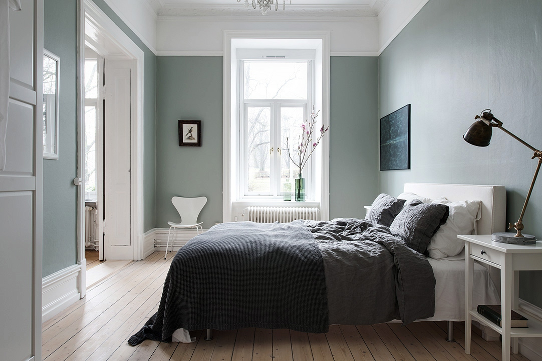 Majestic home with a green bedroom coco lapine for Bedroom looks for 2016