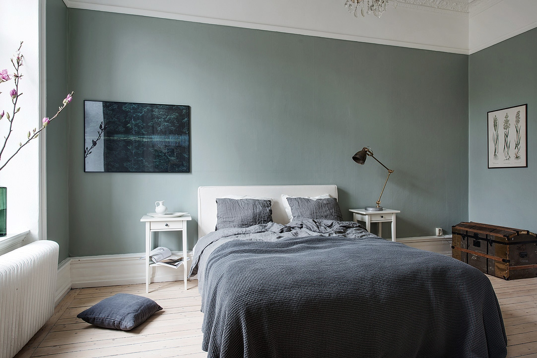 Majestic home with a green bedroom - COCO LAPINE DESIGNCOCO LAPINE ...
