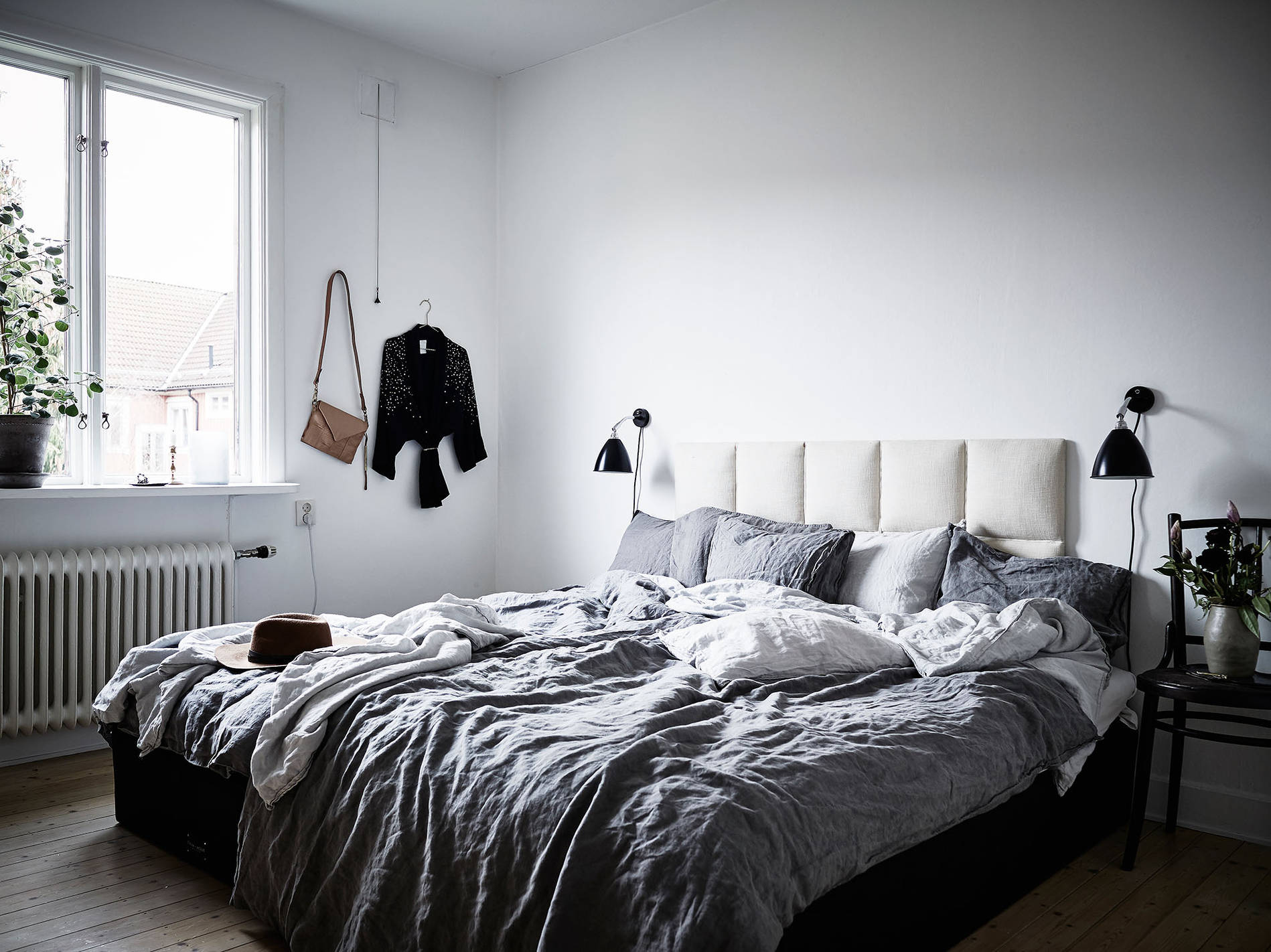 Home with style and character coco lapine designcoco lapine design - Old fashioned vintage bedroom design styles cozy cheerful vibe ...