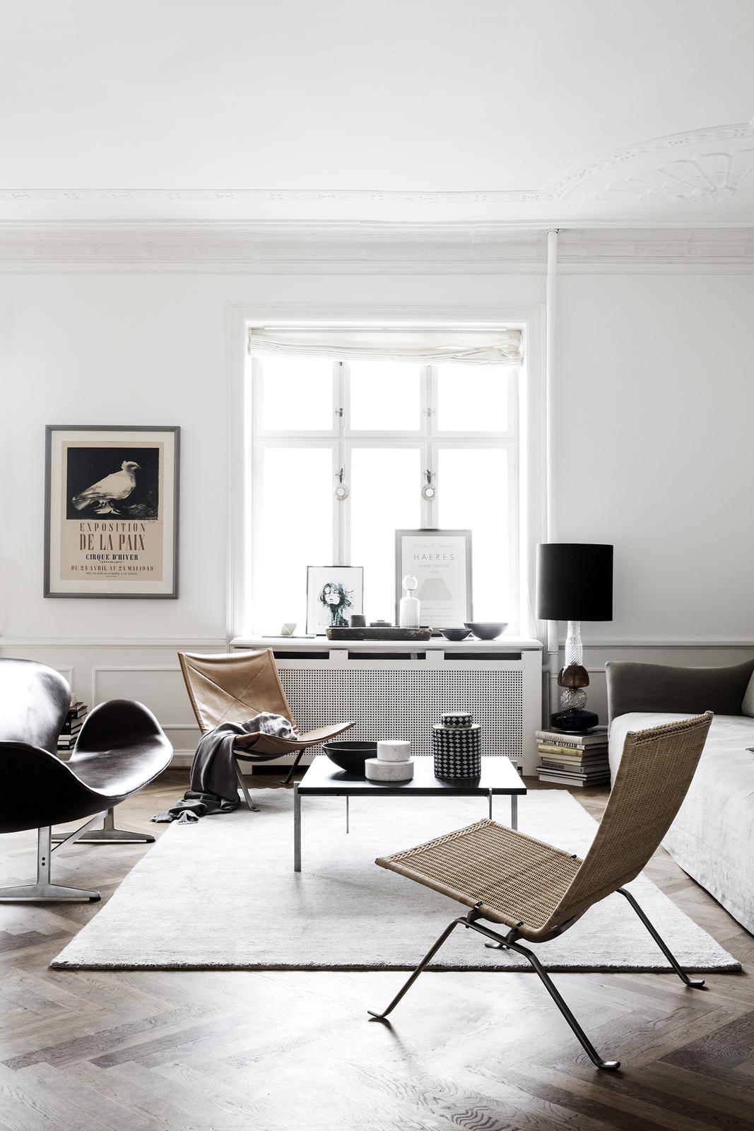 Combined living room and workspace coco lapine for Salon workspace