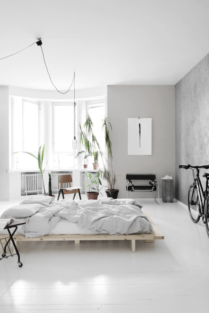light bedroom with a concrete wall coco lapine designcoco lapine design. Black Bedroom Furniture Sets. Home Design Ideas
