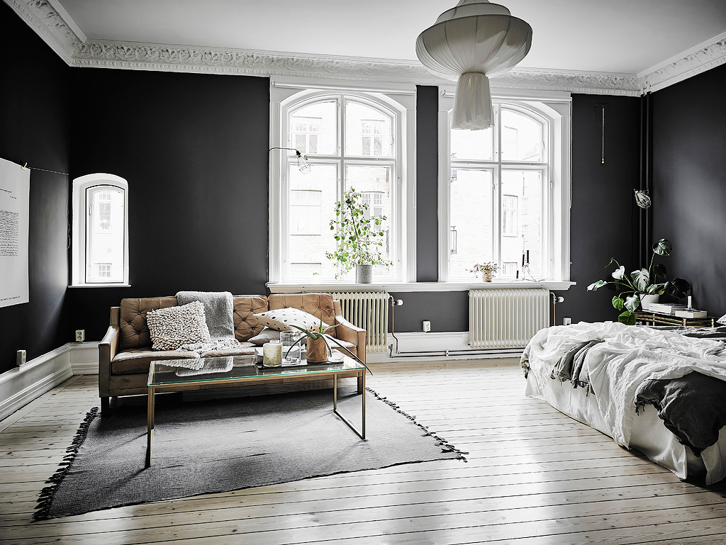 Black walls - COCO LAPINE DESIGNCOCO LAPINE DESIGN
