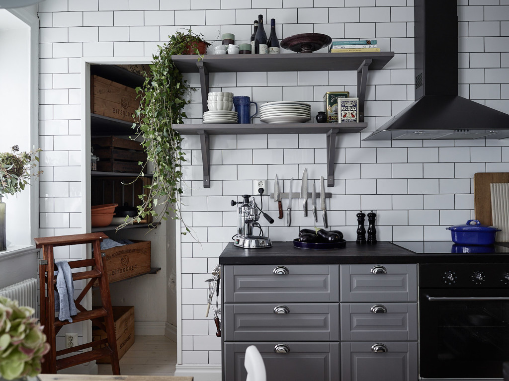 Grey Kitchen With A Tile Wall Coco Lapine Designcoco Lapine Design