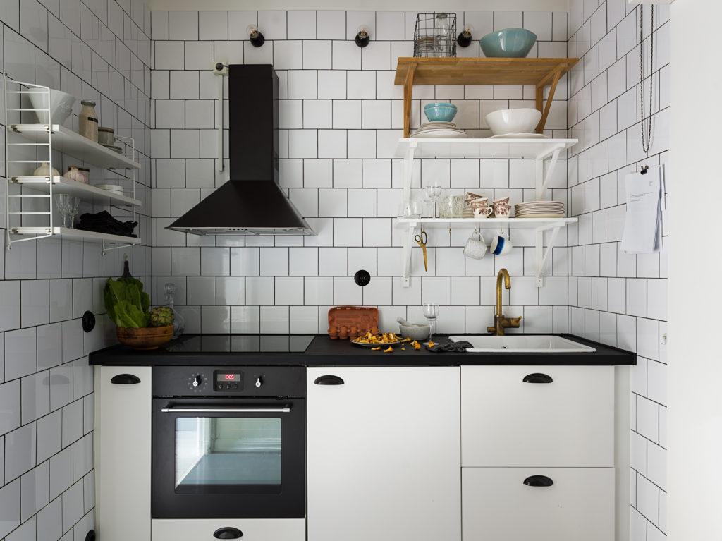 Small Kitchen In Black And White Coco Lapine Designcoco Design